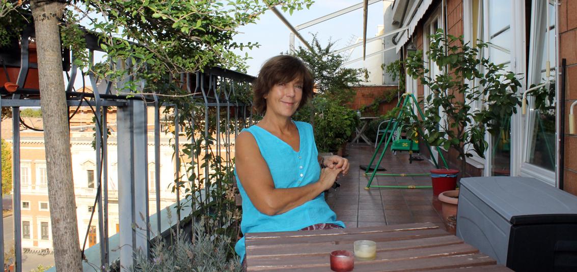 Den här terassen hade vi tillgång till från vårt Airbnb-rum i Reggio Emilia.